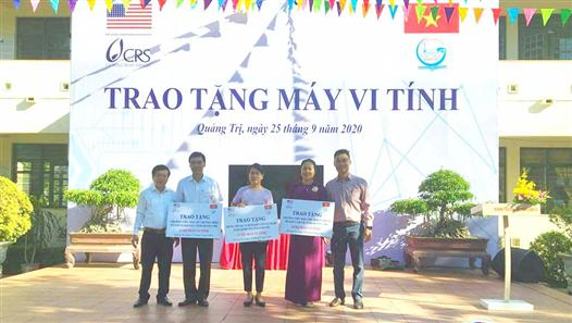CRS Organization: Donated 42 computers to 3 schools in Cam Lo, Huong Hoa and Dakrong